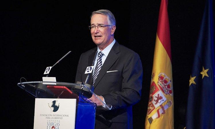 El empresario Ricardo Salinas Belligo durante un seminario en Madrid