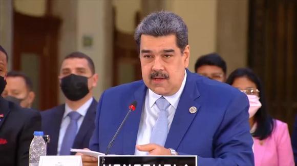 Maduro se dirige a los presidentes de Paraguay y Uruguay en la Cumbre de la CELAC